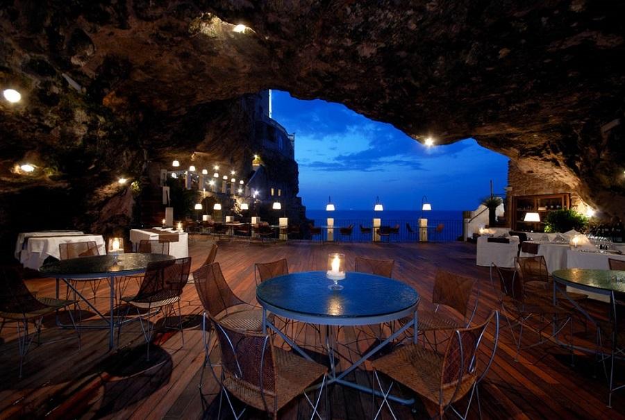 Гротта Палаццезе – необычный ресторан в пещере,