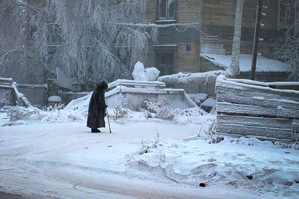 Взять третью бабушку :  успешная опекунская программа   в Якутии.