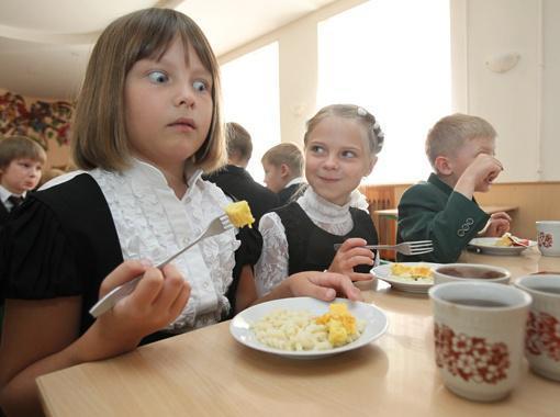 Россельхознадзор бьет тревогу – детей в регионах кормят фальсификатом