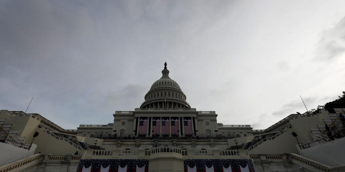 В США принят законопроект, запрещающий помогать восстановлению Сирии