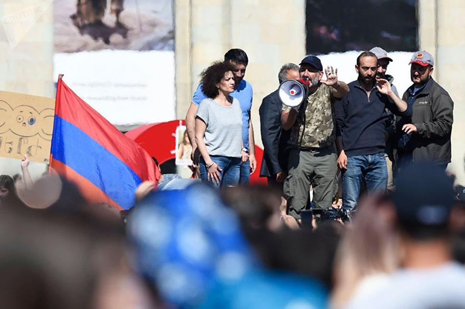 Ереван-майдан: геть от Москвы