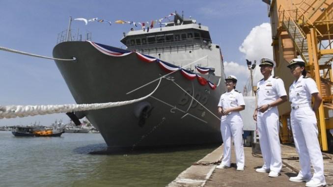 Филиппины получили второй десантный корабль-док индонезийской постройки