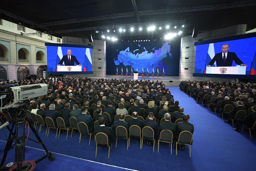 """Будут ли Путин и """"капиталисты"""" строить для нас экономику внутреннего рынка?"""