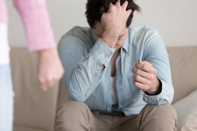 Мужчины после развода — странности поведения. И подлости тоже, а куда без них?