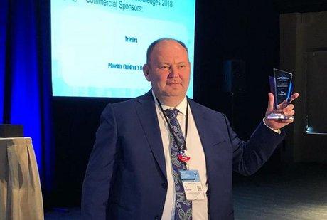Иркутский хирург Юрий Козлов признан лучшим на конгрессе по детской эндохирургии в США