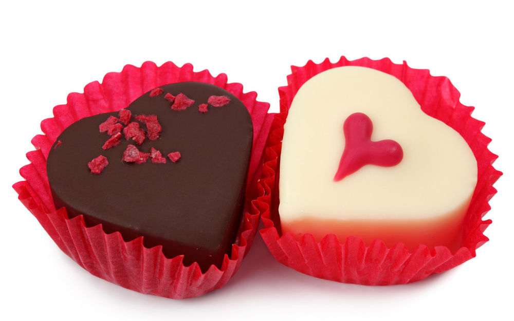 Две конфеты....