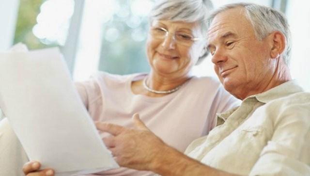 Какие льготы положены работающим пенсионерам?