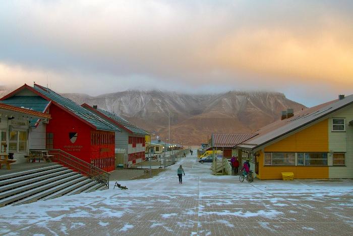 Лонгйир - самый северный город в мире.