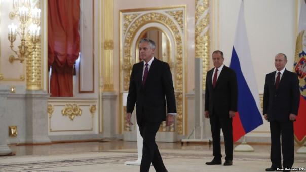 Посол США в России призывает стороны «наращивать контакты»