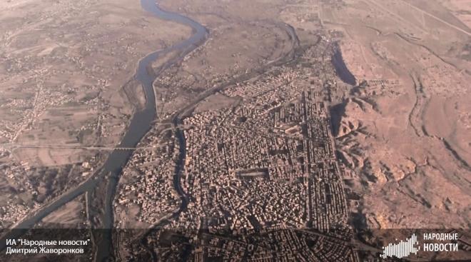 Как бьётся осаждённый ИГ сирийский город Дейр-эз-Зор