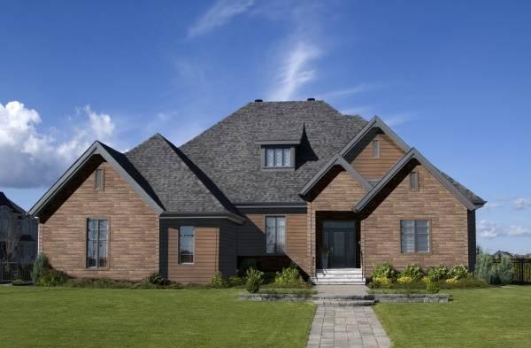 Проект двухэтажного дома с каменной отделкой