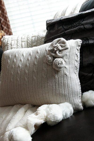Как сделать подушку из свитера