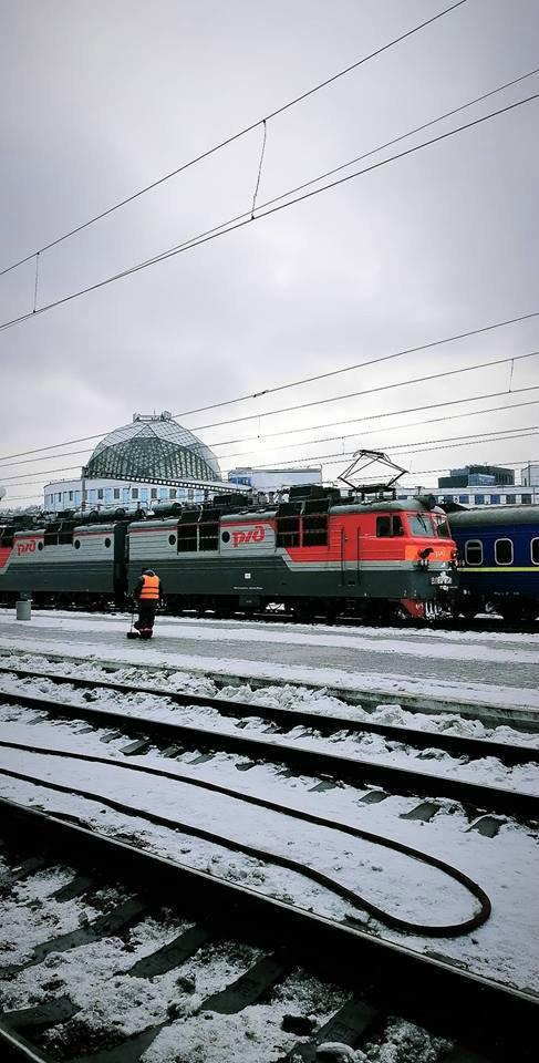 Российский локомотив в Киеве вызвал неадекватную реакцию украинцев