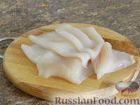 Фото приготовления рецепта: Салат с кальмарами и шампиньонами - шаг №4