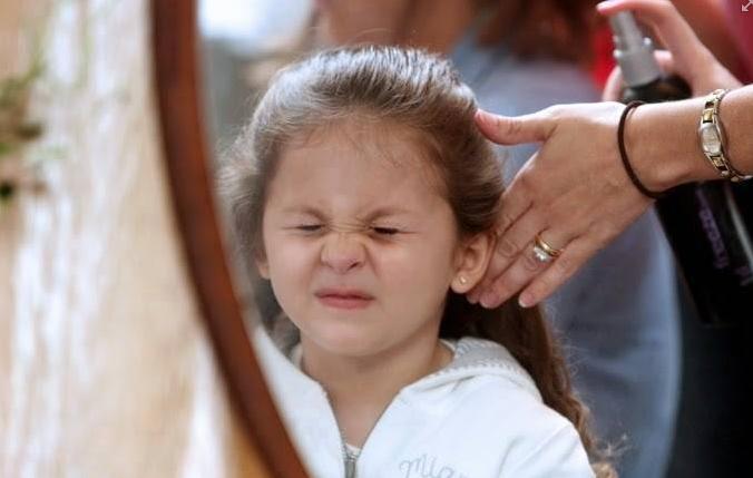 Необычные способы применения лака для волос