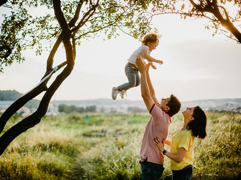 Как перестать нервничать из-за детей и научиться доверять себе: отвечает Людмила Петрановская