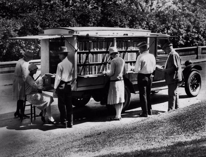 1927 библиотека, библиотека на колесах, ретро фото