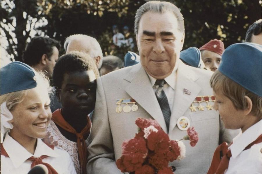 Путин как Брежнев? Ждет ли Россию застой?
