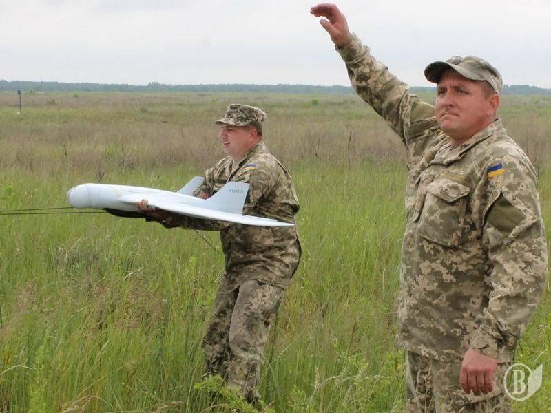 Около Луганска сбит украинский беспилотник с боеприпасом