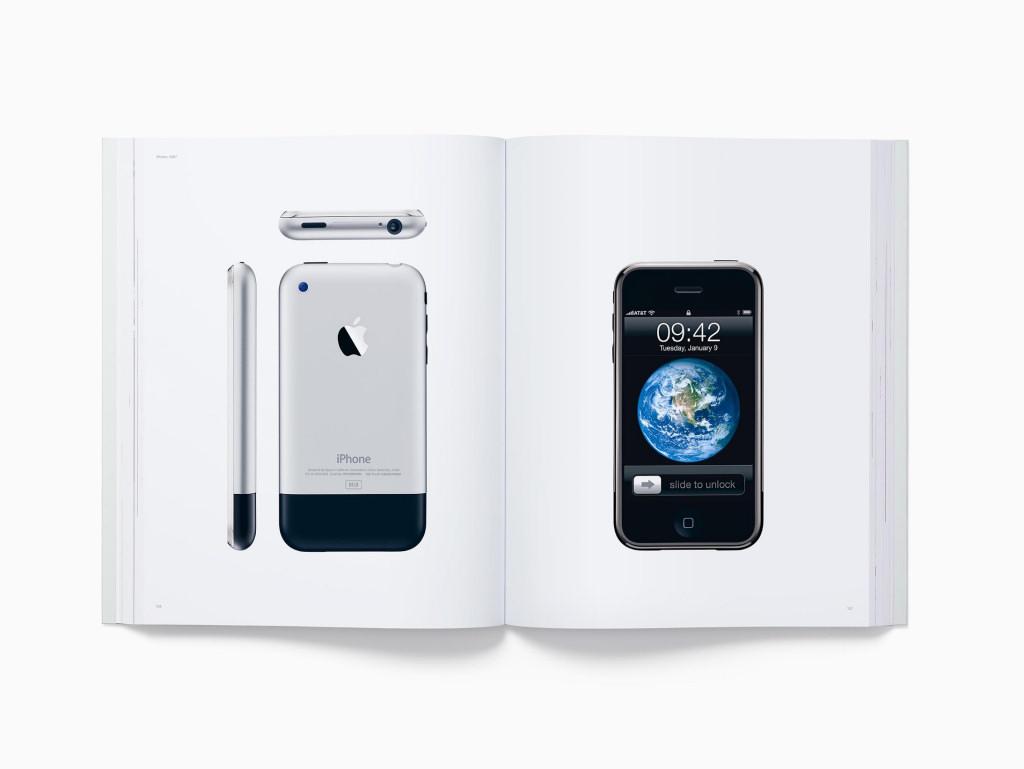 Компания Apple выпустила книгу за 20 тысяч рублей