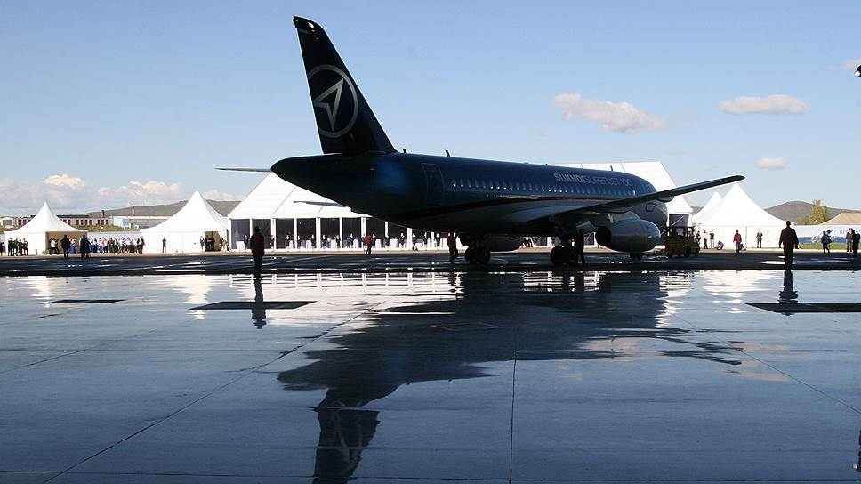 Россия намерена поставить Словении 15 самолетов SSJ 100