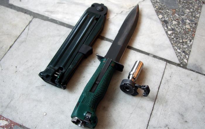 Огнестрельное холодное оружие: на что способен уникальный нож разведчика