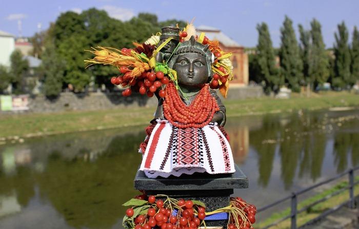 Статуя Свободы на украинский лад