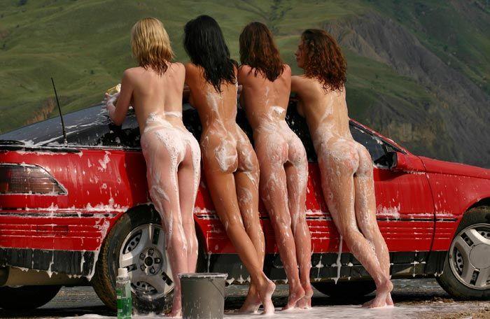 фото голых женщин в авто