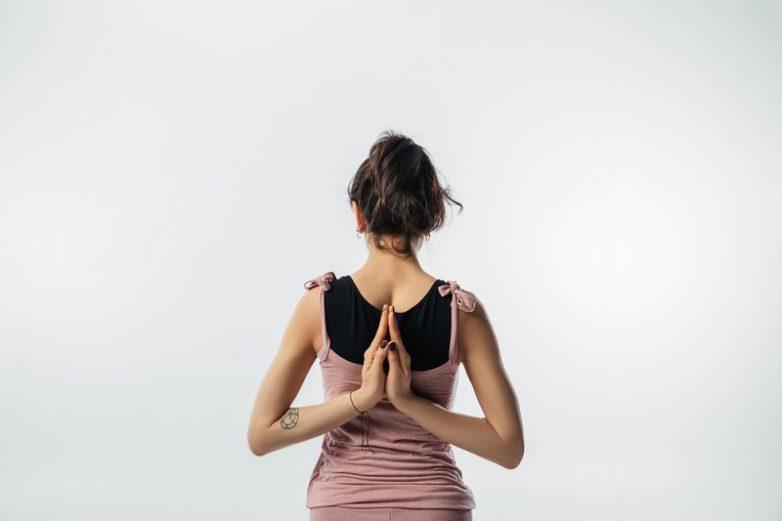 Упражнения, которые помогут расслабить спину