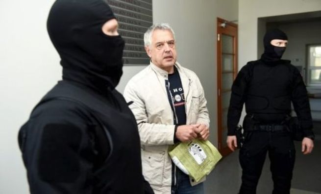 Балтийский апартеид: В Латвии арестован защитник русских школ