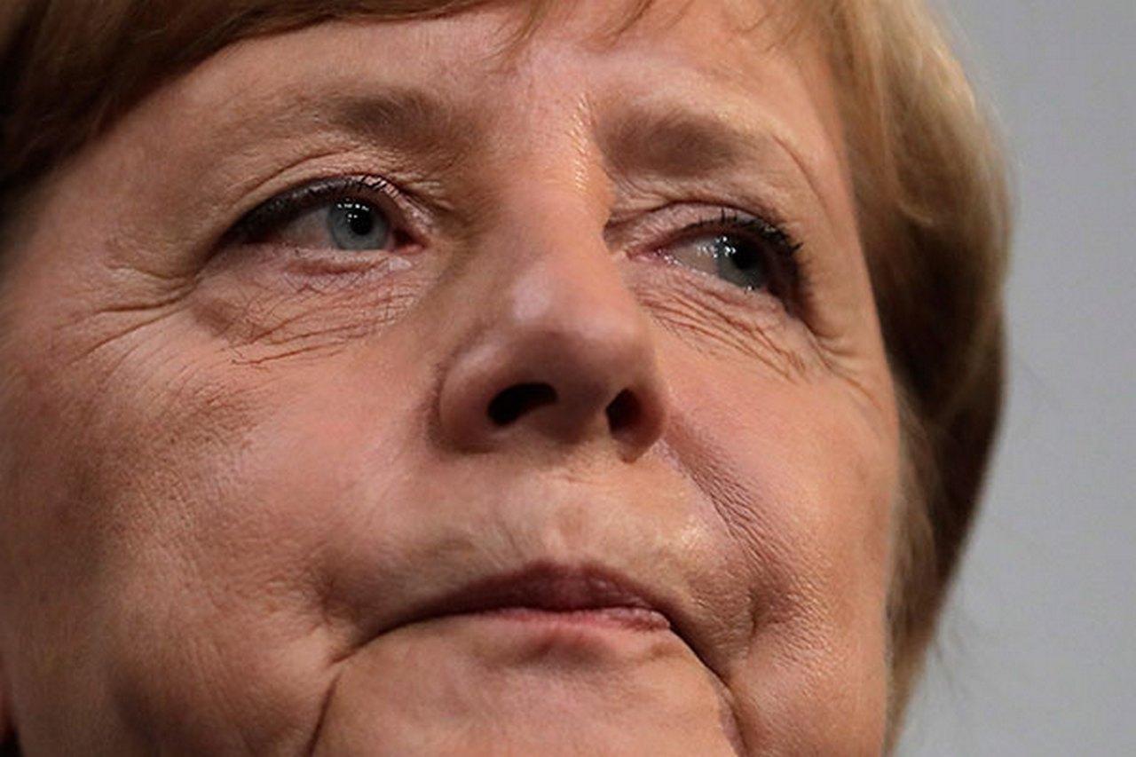 Бундестаг открестился от Меркель. Депутаты отказались поддерживать операцию против Сирии