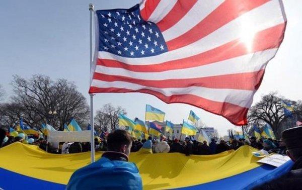 СМИ готовят украинцев к през…