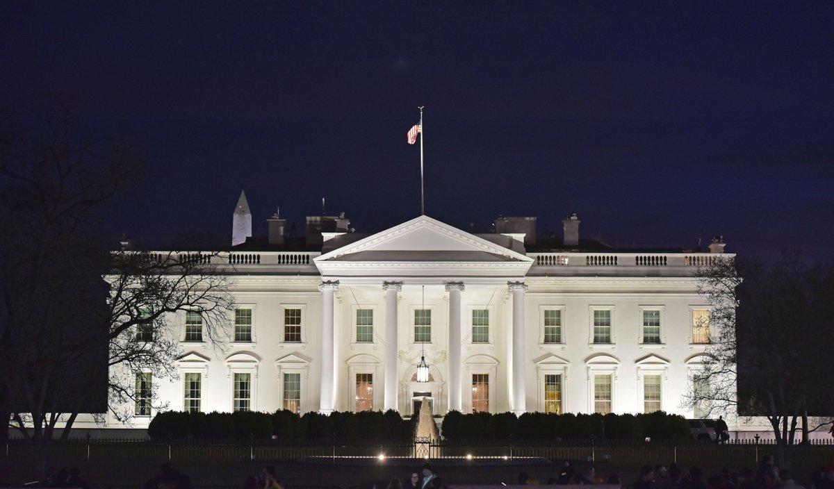 Бывший сотрудник Белого дома Джон Келли ненавидел Трампа и свою работу