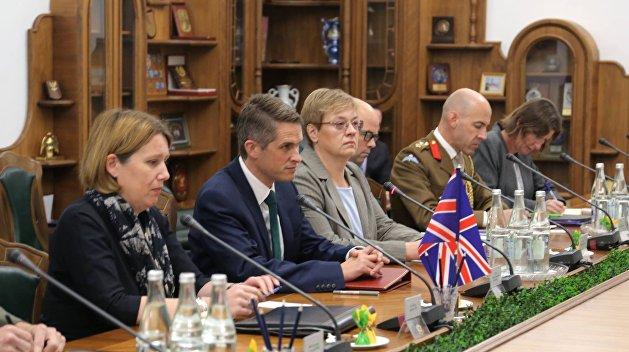 Холодная война 2.0: Министр …