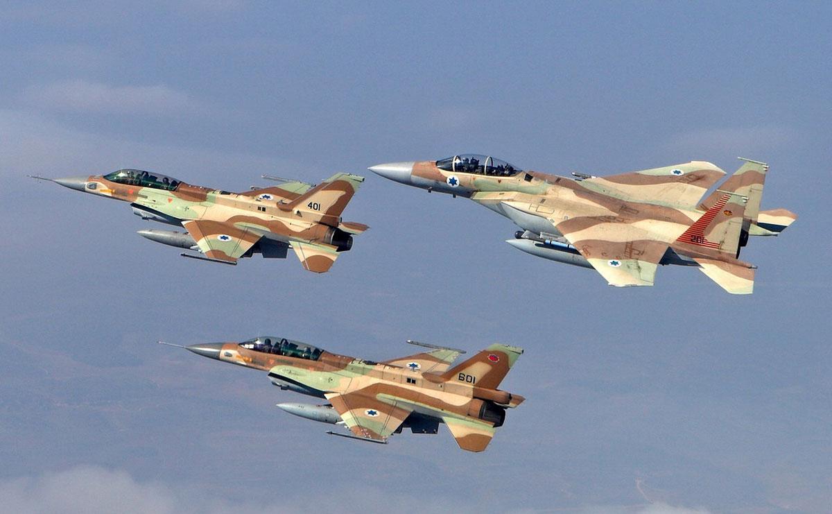Израиль: Массированные авиау…