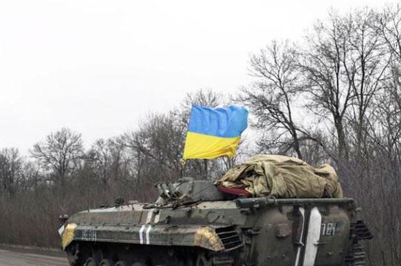 Тревога в Донбассе: ВСУ стягивают вооружение к линии разграничения сил