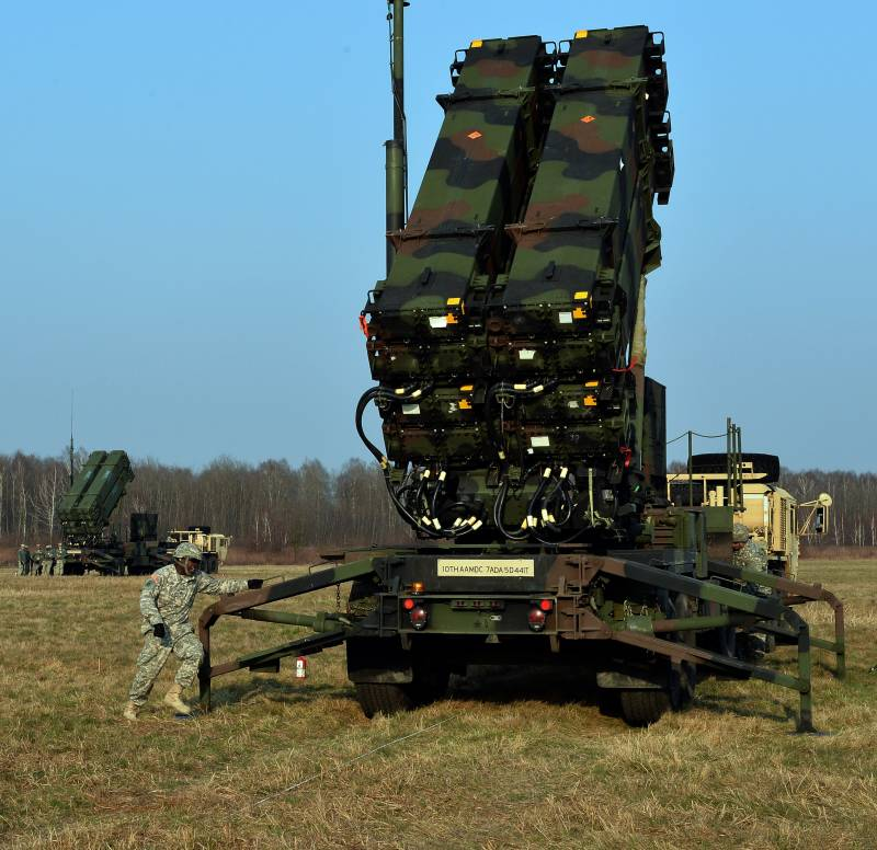 Заинтересованность Румынии в ЗРК «Patriot» и комплексах «HIMARS» — опасная игра с двойным дном