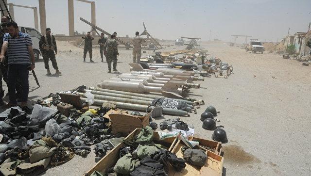 В Думейре журналистам показали вооружение и боеприпасы боевиков