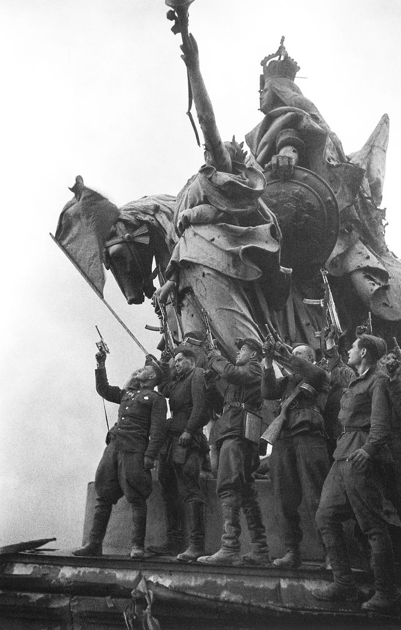 Взятие Рейхстага. (41 ФОТО).
