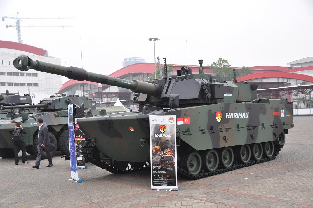 """Турецко-индонезийский """"средний"""" танк Harimau выставке Indo Defense 2018"""