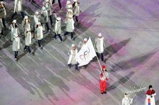 Волонтер рассказала о своем опыте знаменосца атлетов из России на Олимпиаде