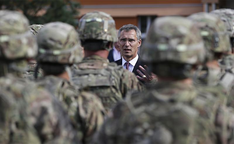 Американцы тащат Европу на войну с Россией