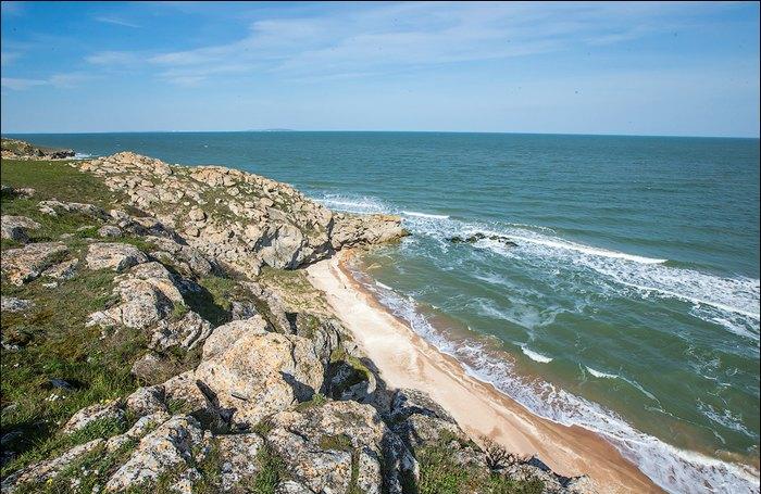Пляж недалеко от Керчи. Автор фото: Сергей Анашкевич