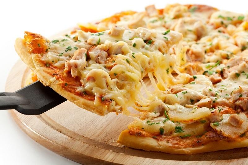 пицца с куриной грудкой