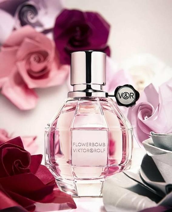 Восточный парфюм, состоящий из смеси сладких и свежих нот. / Фото: Tineey.com