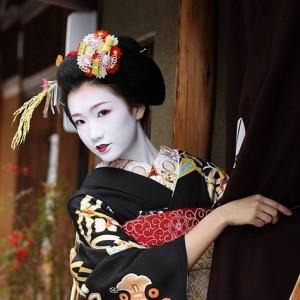 Японские гейши: культурный ф…