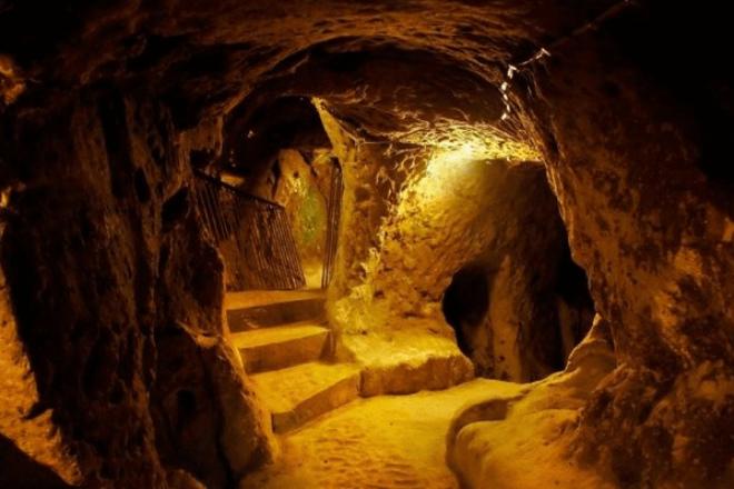 Вход в преисподнюю напугал египетских археологов