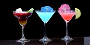 Летние коктейли с алкоголем и без
