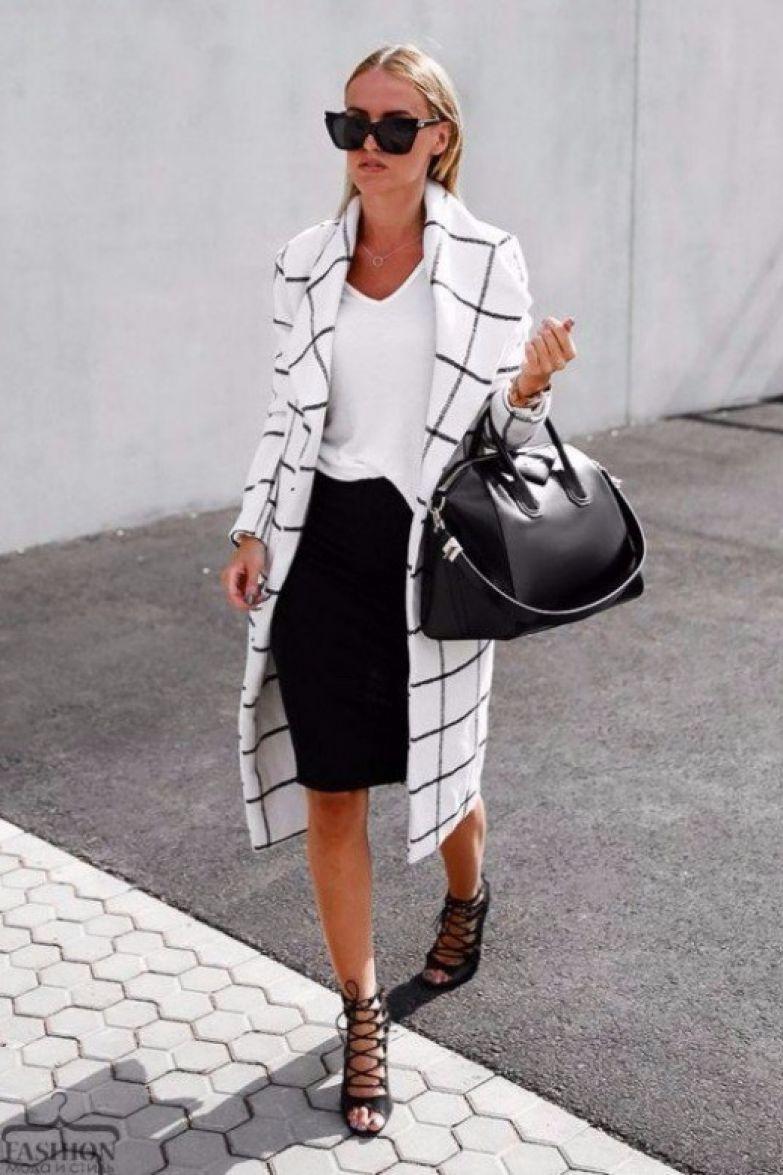 Базовый гардероб для женщины 50 лет. 18 идеальных образов