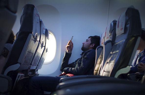 Исследователи выяснили,  готовы ли россияне доплачивать за интернет в полетах